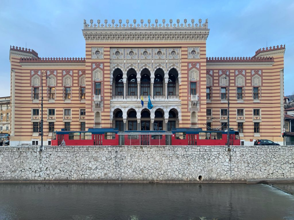 Vijećnica - Biblioteca nazionale ed universitaria di Bosnia ed Erzegovina